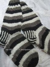 Scandinavian ethnic pattern wool hand knitted socks