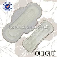 Feminine super absorbent maxi pad