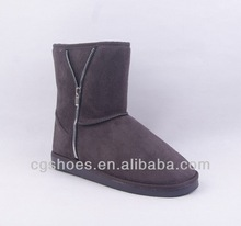 Winter ankle snow boot with silver zipper for woman