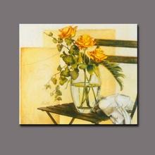 Classica natura morta dipinto a mano fiori in tessuto disegni pittura, giallo rose in un vaso alto