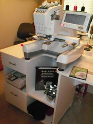 BABY LOCK EMBROIDERY MACHINE MODEL EMP6