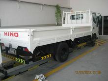 Ton 4 hino camión de recogida, con caja de carga, tipo 714, turbo del motor