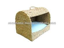 Water hyacinth pet basket, square door, hole hand, iron frame, cushion inside, fish bone weave, natural color.