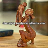 momento di tenerezza fatti a mano madre e figlio scultura arte moderna