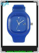 Wholesale promotional wrist women/men/kids silicone jelly watch with waterproof