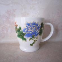 ceramic mug cup made bone china.beautiful and eco