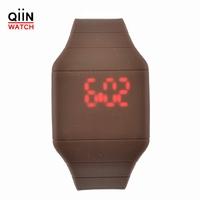 CM8018 reloj led watch