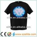 Ferro quente vendendo homem t-shirt