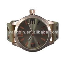 2014 Fashion OOZ style Watch with big size crown