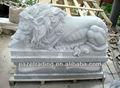 blanco mármol o granito de piedra escultura de león