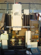Japanese high quality reliable used mini machining center