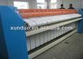 Profesional de la máquina automática de lavandería Servicio de planchado