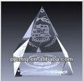 3d cristal láser pirámide