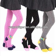 European Hosiery Wholesale Gothic Clothing Young Girls Nude Ballet With Cute Bow Winter Girls Tights