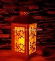 de metal sin llama led linterna de la vela de hojas talladas