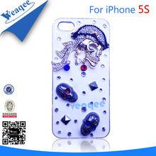 Crystal skull designs plastic cell phone case