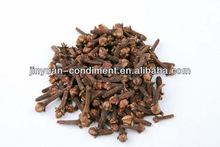 Dried Cloves with stem Whole