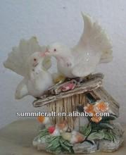 Venta al por mayor casa de la boda de la resina de palomas de carreras para la venta