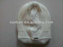 Hot Sale Fashion Knitted Fat Beanie With Big Cable In Middle