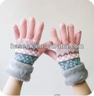 Wholesale Fashion New Design Jacquard Acrylic Glove