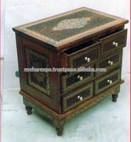 Wooden room furniture