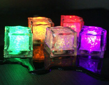 2014 Promotional!!! led ice cube light ,led floating cube light GD-281D