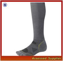 Wholesale good quality men compression sport socks/Customized Bulk Compression Sport Socks