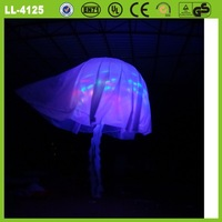 Besutiful blue or customized 190t oxford cloth hot selling inflatable jellyfish lighting