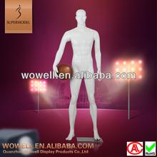 Vivid design playing basketball mannequin