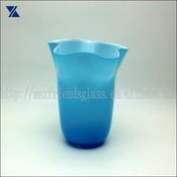 hand blown elegant blue art glass vase