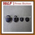 Coeur gravé bouton en forme de bouton en métal, bouton pression en métal