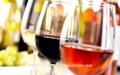 Libre de alcohol de vino- italia blanco y rojo