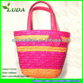 paja de cestas de cosméticos con el mango