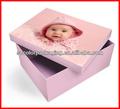 bambino vestito luce scatola di carta o di legno