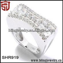 Nice Zircon Paved Set Simulated Diamond Concave Led Rings Light