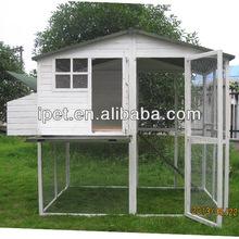 Wooden Backyard chicken coop with adjoining run CC036