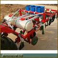 Maní sembradora con sistema de riego