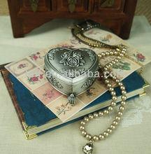 European classical spirit designed metal antique bronze plated three foots love heart shape rosette wedding jewelry box