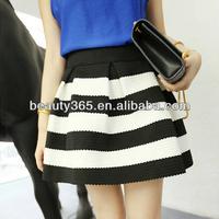 Women Stripe high waist bubble skirt Black White Splicing Color Stitching Texture Short