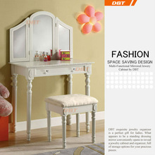 living room classic console table and mirror