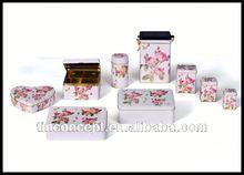 Direcrt factory sale handmade tin model cars for packaging