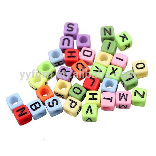 Toptan tıknaz boncuk, 6*6mm akrilik dökme alfabe harfleri, karışık mektup boncuk kuyumculuk