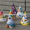 de dibujos animados de papel hecho a mano de cumpleaños de sombreros de fiesta