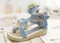 las niñas hermosa sandalia de las mujeres correa de hebilla de rafia de yute tacones de cuña de lona sandalia zapatos fabricados en china