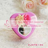Wedding favor heart shape custom printed tin box