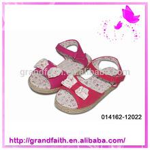 2014 Spring New Design Factory Price Woman Kid Sandal