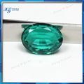 Alibaba fornecedor de ouro de cristal sintético de vidro pedra gema de esmeralda compradores, esmeralda pedra preço por quilate