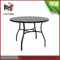 clássico de madeira redonda de metal perna de mesa de jantar