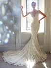 ZCE-003 Classic V Neck Royal Train Sleeveless Lace Wedding Dresses