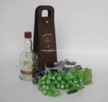 Cutty Sark wine bottle wine carrier portable wine carrier